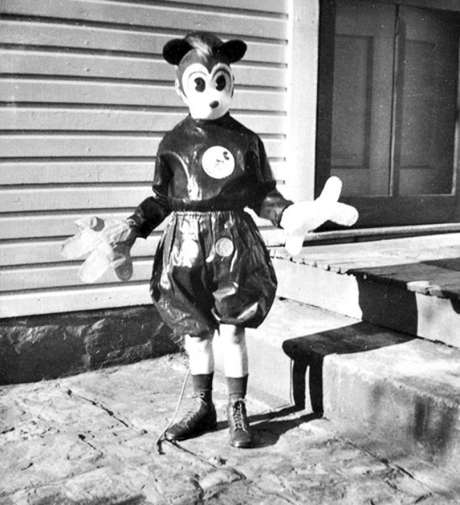 Creepy vintage Mickey Mouse.