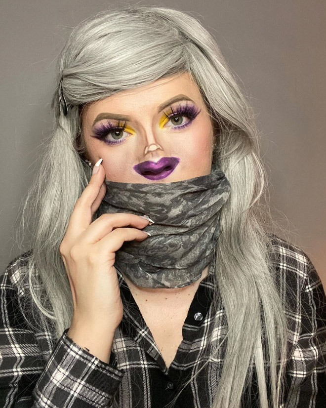 Tiny face makeup.